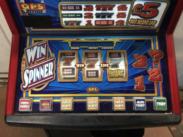 Win spinner base
