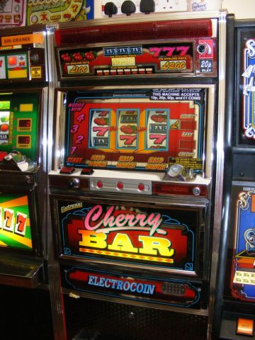 Cherry Bar Electrocoin classic fruit machine Gamesroom Croydon